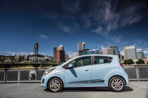 2014-Chevrolet-SparkEV-050-medium
