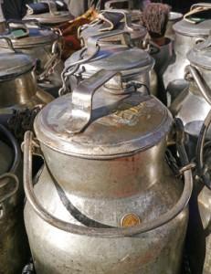 Rohmilch Milchkanne